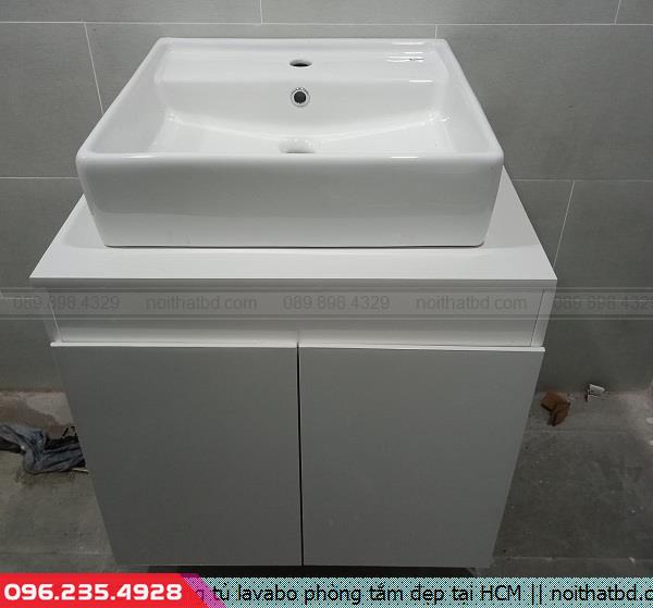 Đóng tủ lavabo phòng tắm đẹp tại HCM