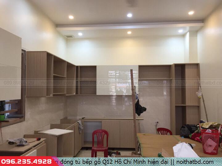 Nhận đóng tủ bếp gỗ Q12 Hồ Chí Minh hiện đại