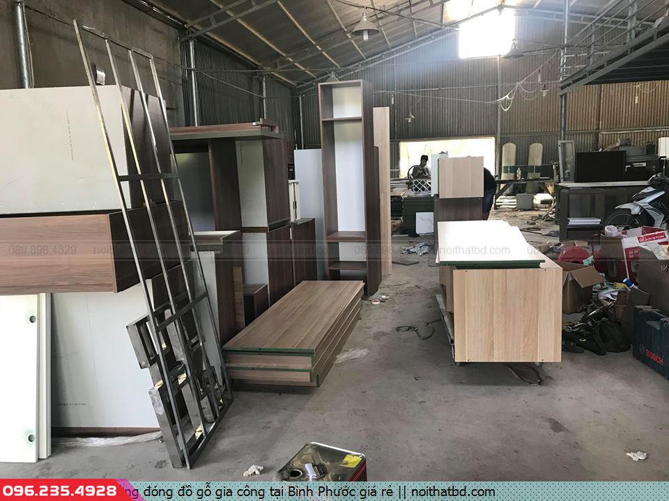 Xưởng đóng đồ gỗ gia công tại Bình Phước giá rẻ