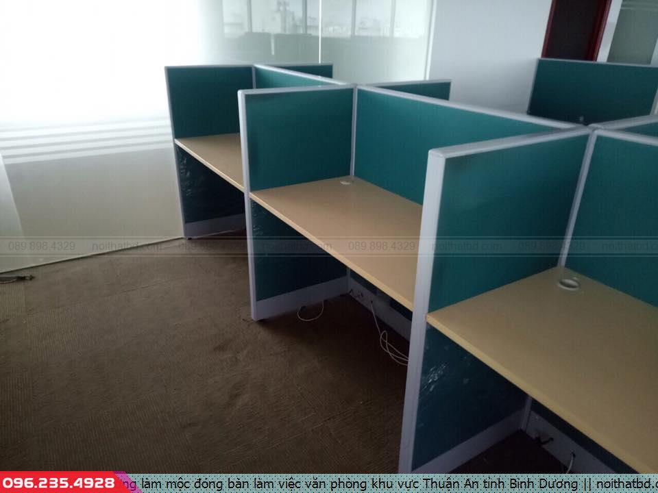 Xưởng làm mộc đóng bàn làm việc văn phòng khu vực Thuận An tỉnh Bình Dương