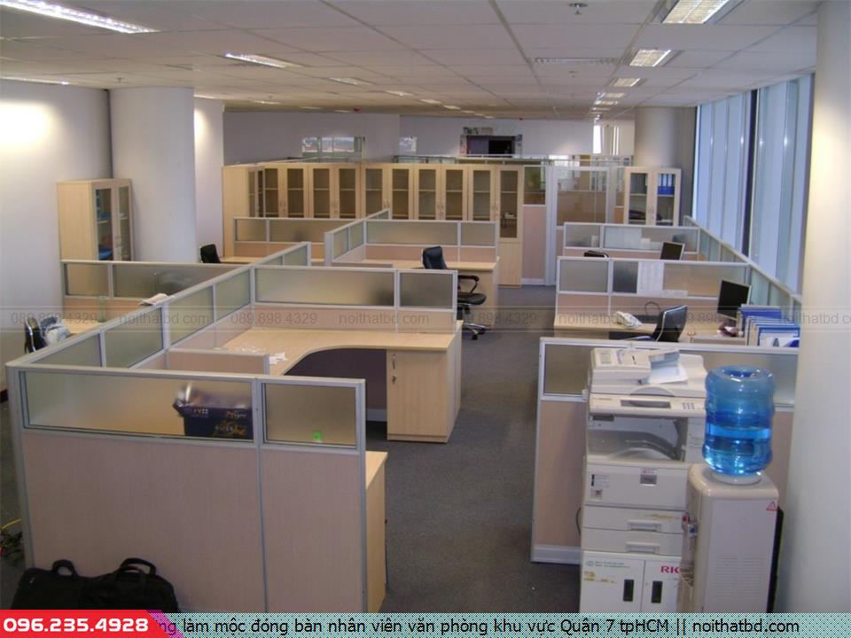Xưởng làm mộc đóng bàn nhân viên văn phòng khu vực Quận 7 tpHCM