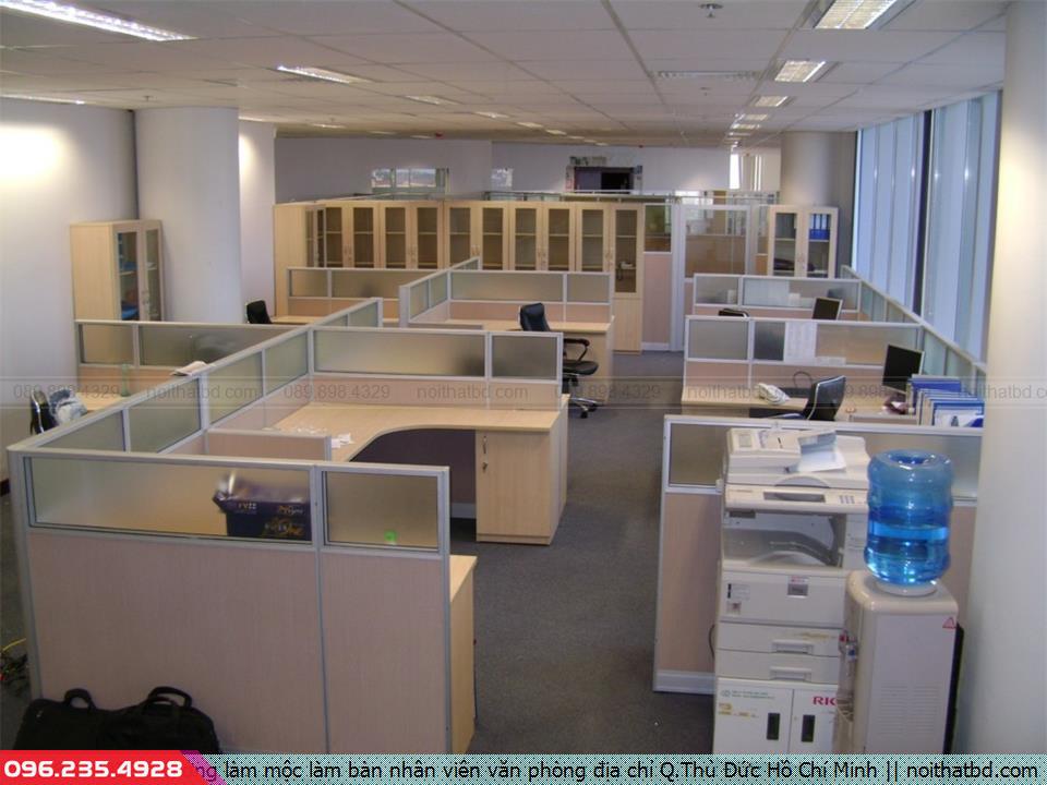 Xưởng làm mộc làm bàn nhân viên văn phòng địa chỉ Q.Thủ Đức Hồ Chí Minh