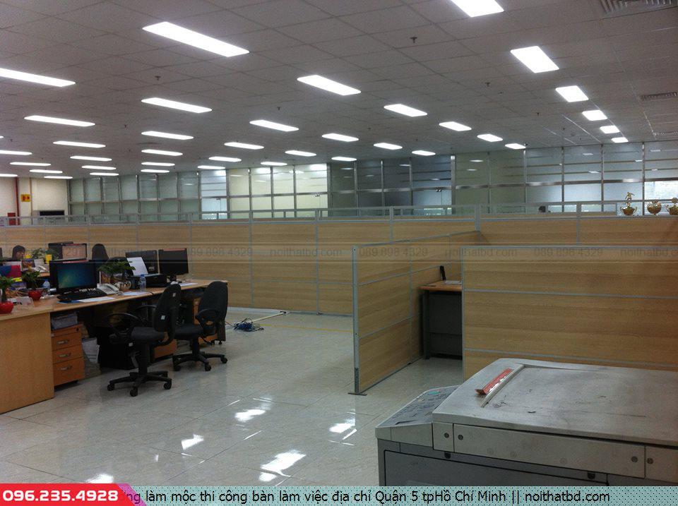 Xưởng làm mộc thi công bàn làm việc địa chỉ Quận 5 tpHồ Chí Minh