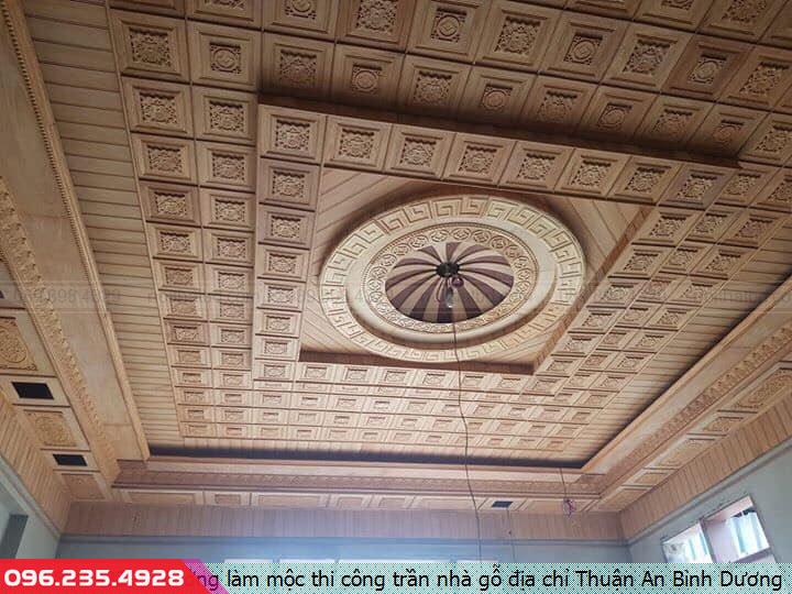 Xưởng làm mộc thi công trần nhà gỗ địa chỉ Thuận An Bình Dương