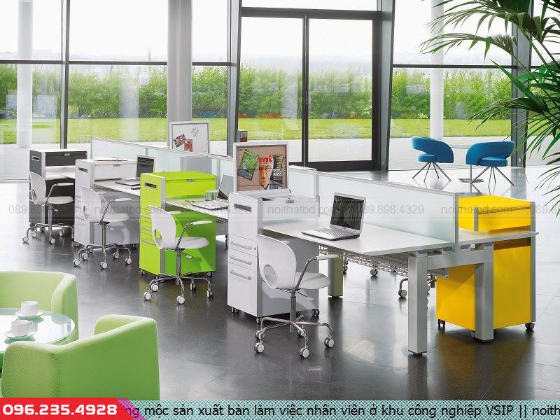 Xưởng mộc sản xuất bàn làm việc nhân viên ở khu công nghiệp VSIP