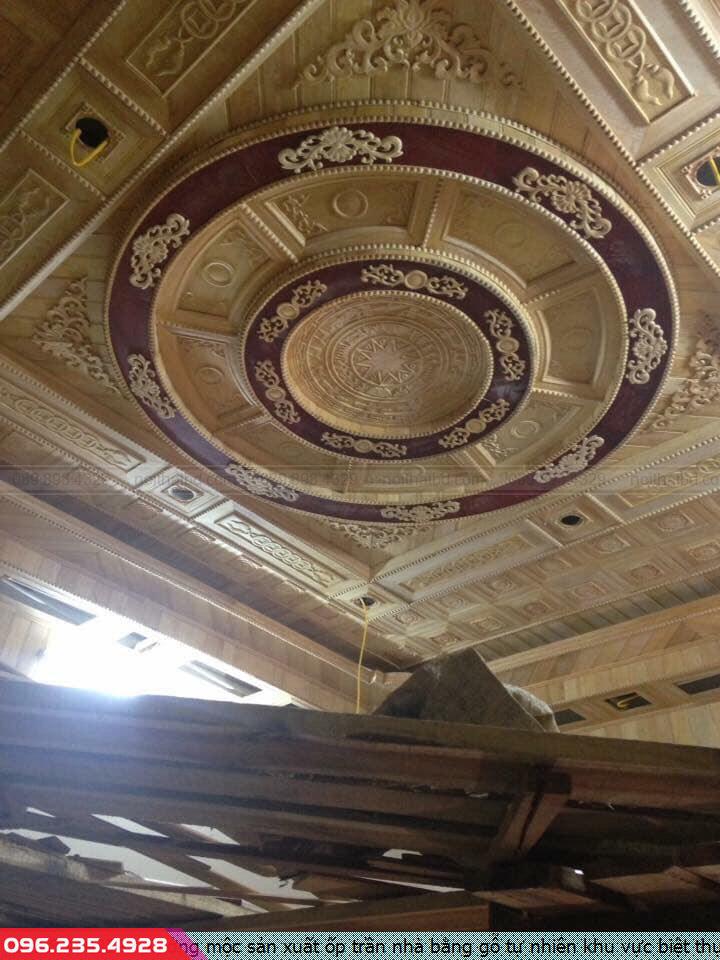 Xưởng mộc sản xuất ốp trần nhà bằng gỗ tự nhiên khu vực biệt thự Thủ Dầu Một Bình Dương