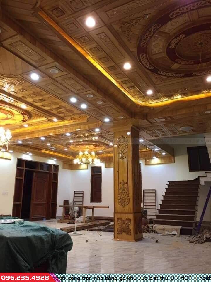 Xưởng thi công trần nhà bằng gỗ khu vực biệt thự Q.7 HCM