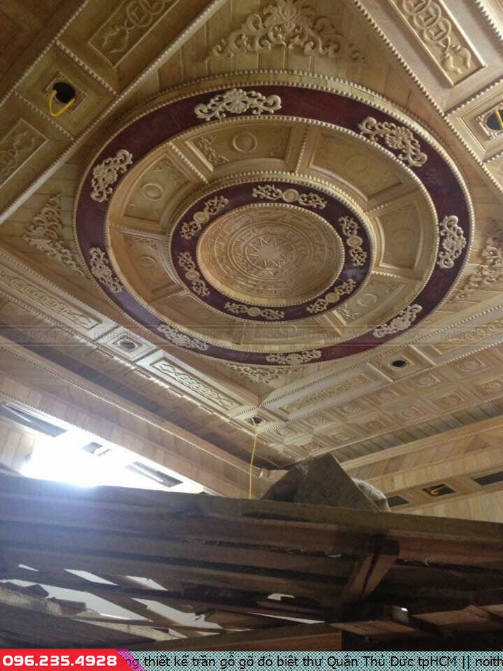 Xưởng thiết kế trần gỗ gõ đỏ biệt thự Quận Thủ Đức tpHCM